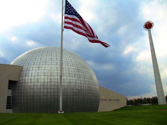 1200px-naismith_memorial_basketball_hall_of_fame