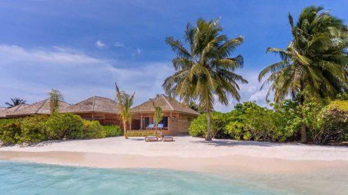 Hurawalhi_Sunrise_Beach_Villa_Exterior-1030x579